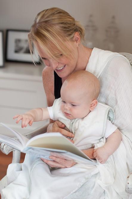 Baby sleep routine - bedtime story